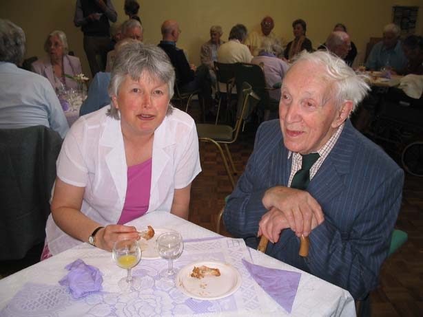 Photo of Ernie Perfitt with Daughter-in-Law Hilary (May 2006)